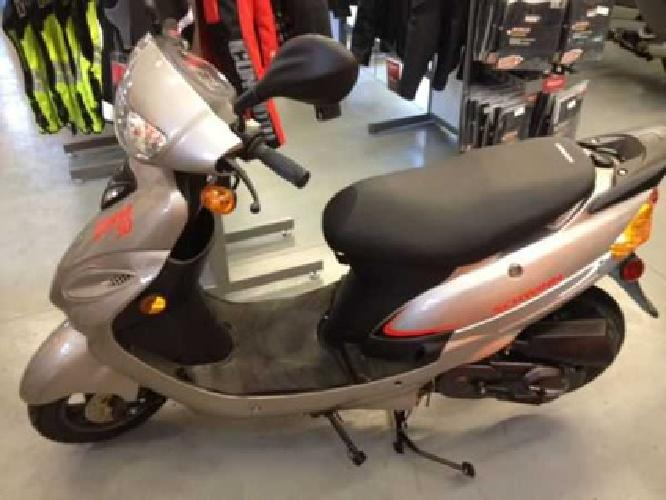 Harley Softail Motorcycles For Sale Tacoma Wa >> $899 Schwinn Scooters - Brand New (Burien, Tacoma, Seattle) for sale in Seattle, Washington ...