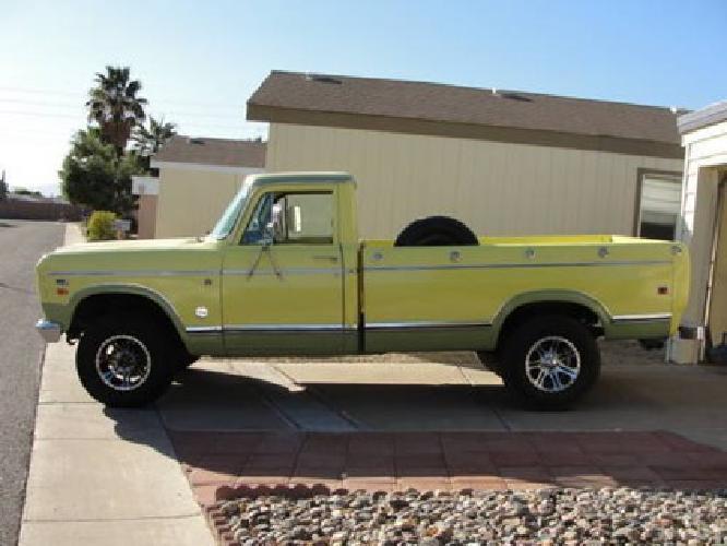 $8,500 1975 International 4X4 Pickup - AC & Auto - NICE