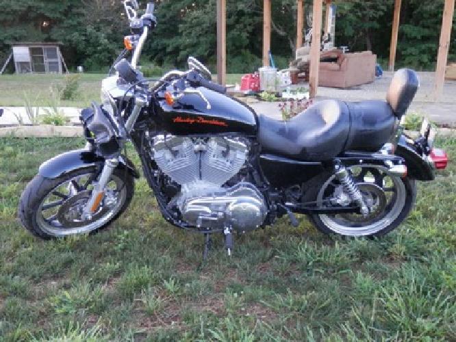 $8,500 OBO 2012 Harley Davidson Sportster 883 Super Low