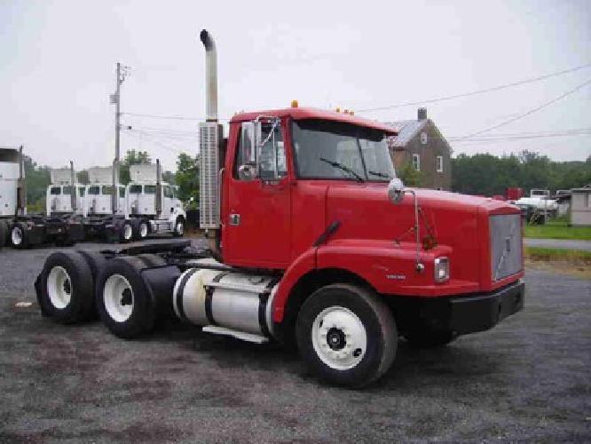 $8,995 1997 VOLVO WG64T Tandem Axle Daycab