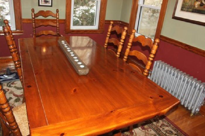 $900 Dining Room Furniture