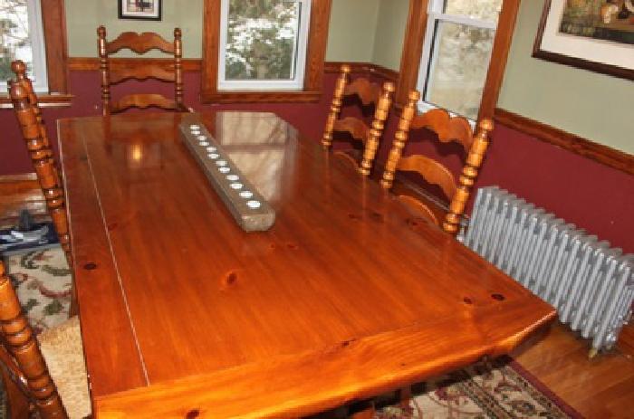 $900 Dining Room Furniture
