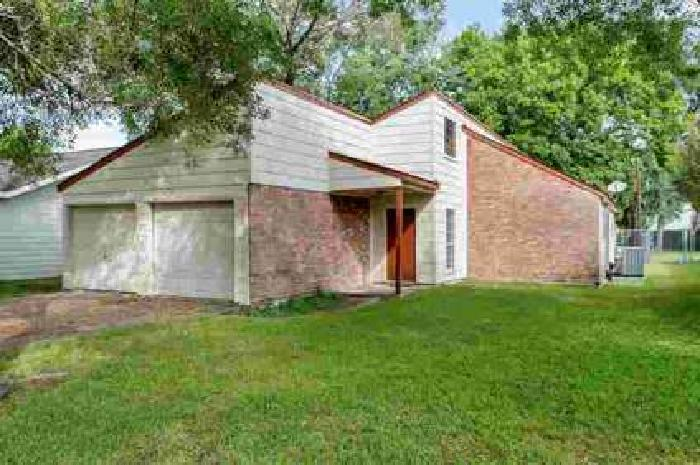 9110 N Allegro Street Houston Three BR, This home is perfect for
