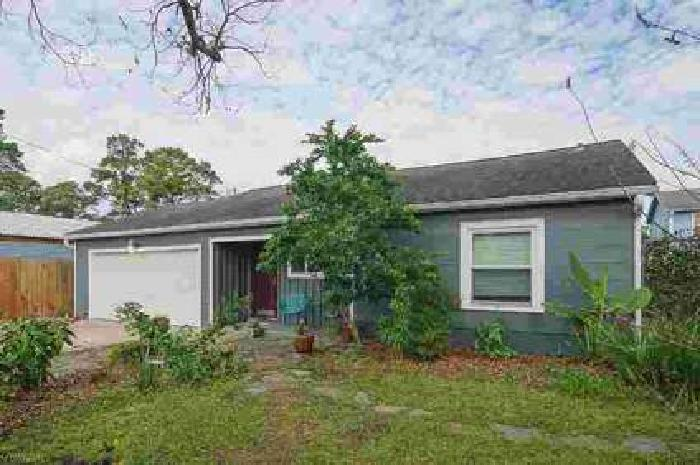 922 Martin Street Houston Two BR, Beautifully remodeled home in