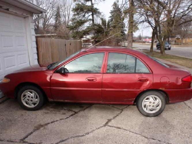 $950 OBO 1998 Ford Escort