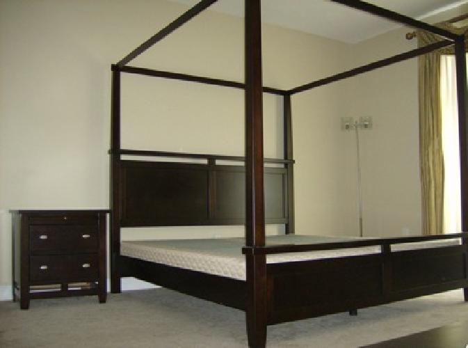 950 obo dark wood king size canopy bedroom set for sale in boca raton