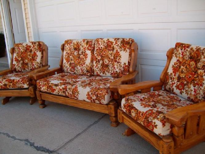 $95 Couch/sofa 2 matching rocker Chairs