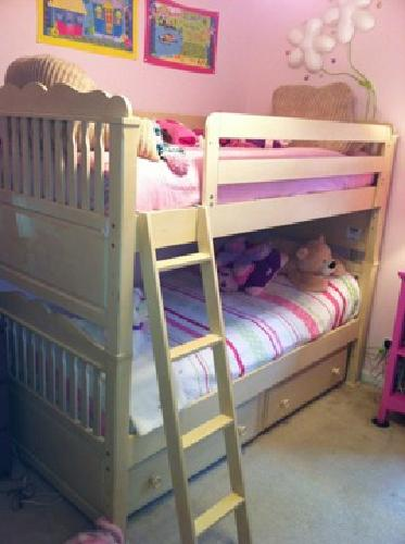 $985 OBO Girls Ivory Bunkbed furniture set w/ trundle drawers, dresser, and nighstand