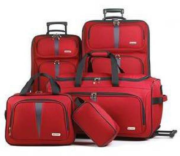 $99 Fairfield 5 Piece Luggage Set