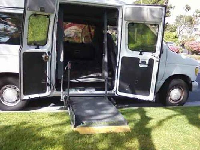 9 900 1995 ford club wagon high profile with braun for Handicap mobile homes for sale