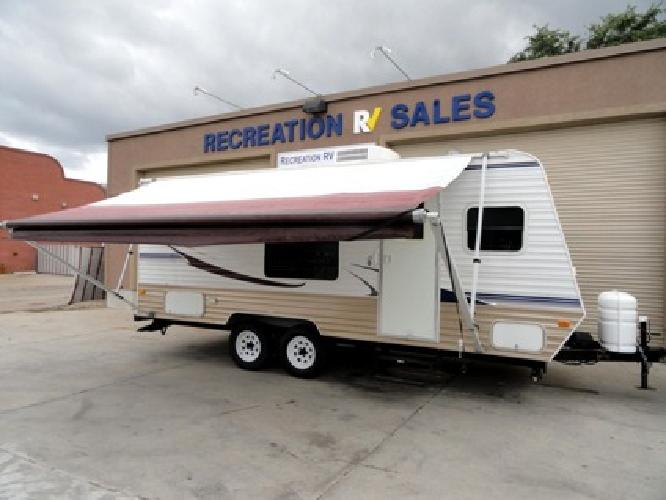 9 900 like new 2007 dutchman 18b with lots of options