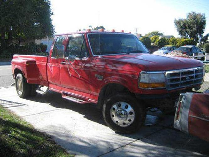 $9,995 Ford 350 Dually 7.3 Powerstroke Diesel! Only 64000 Miles!!