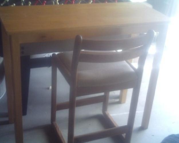 Bar table oak bar stools rocking chairs oak wicker chair for Large wicker moon chair