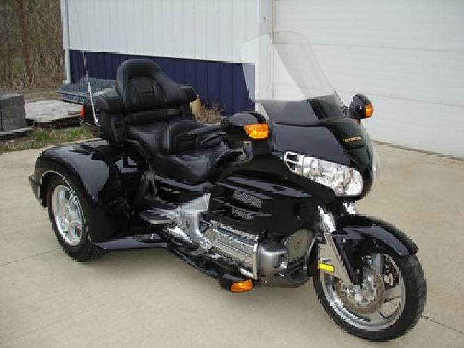 BRAND NEW 2013 CHAMPION TRIKE KIT on a 2002 Honda Goldwing 1800 TOM CLARK MOTORS