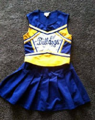 Cheer clothing store. Clothes stores