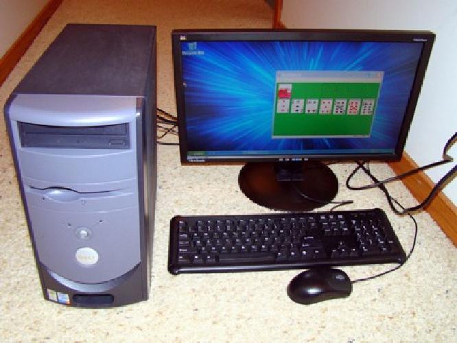 DELL DIMENSION 3000 desk top computer ,21