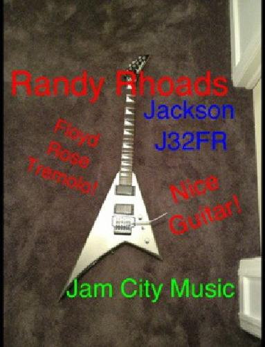 Factory refurbished Jackson J32FR Randy Rhoads V Guita