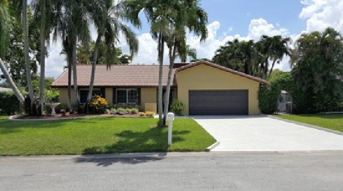 Home for Sale in Coral Springs