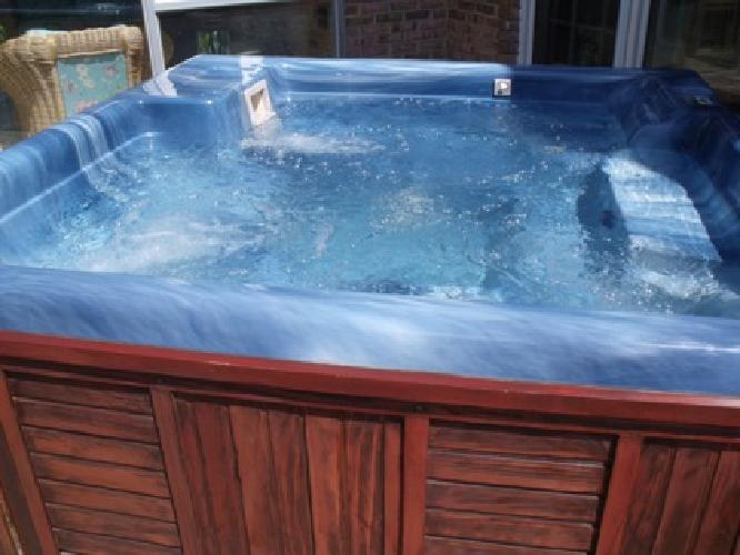Jacuzzi ? Unique Offer - Vintage - Outdoor ? Freestanding - Used
