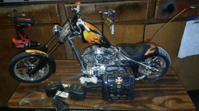 Jesse James El Diablo II Rigid RC West Coast Choppers Motorcycle