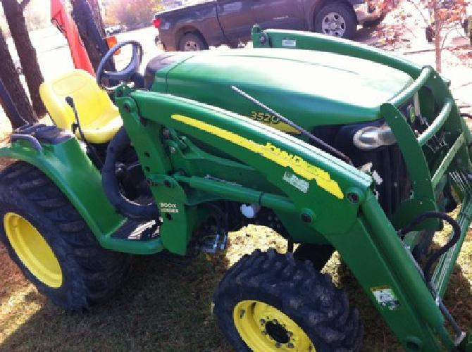 John Deere 3520 37hp HST 4x4 Loader E-Hydro*Very Nice Condition