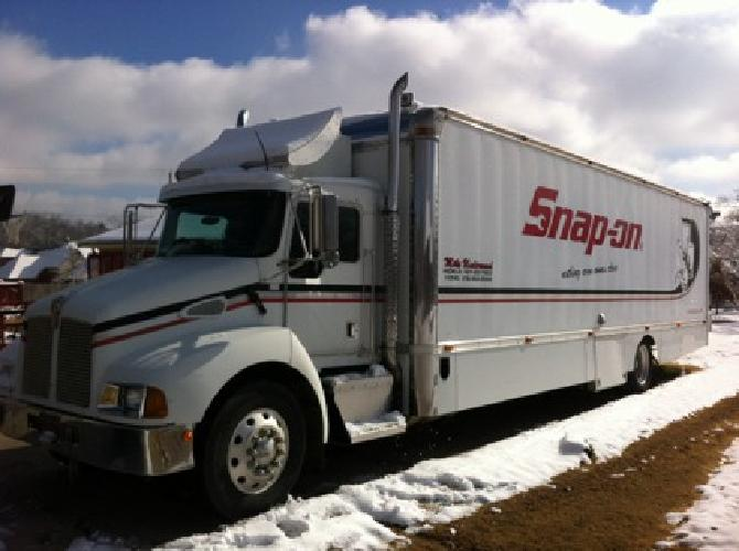 KENWORTH SNAP-ON TOOL TRUCK *6SPD AUTO*105kMILES*8k ONAN GENERATOR*COMPLETELY RE