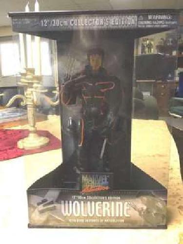 Mint in box X-Men WOLVERINE 12 inch - X-Men 2