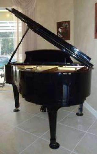 Piano Ridgewood (By Weber) Polished Ebony Baby Grand -