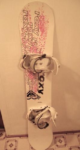 Roxy Snowboard w/ Bindings
