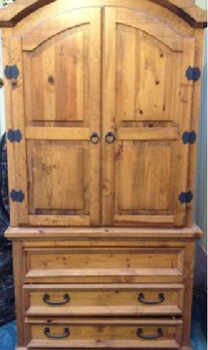 Rustic Charm 5 Pc Queen Bedroom (Knotty Pine)
