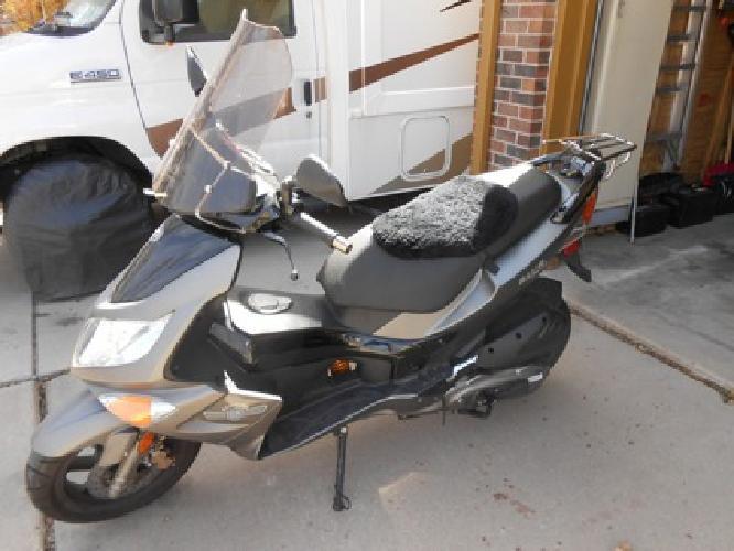 Scooter 2007 Genuine Blur 150cc 85mpg