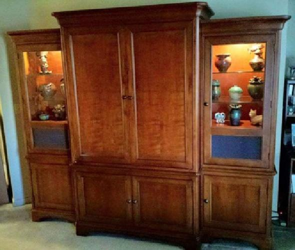 Thomasville Cherry Entertainment Center Great Deal For Sale In Buford Georgia Classified