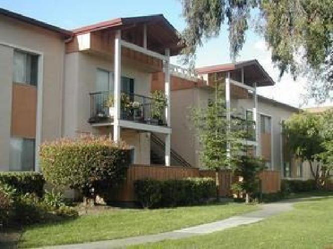 Two and Three Bed Apartments w amenities comfort affordable Richmond