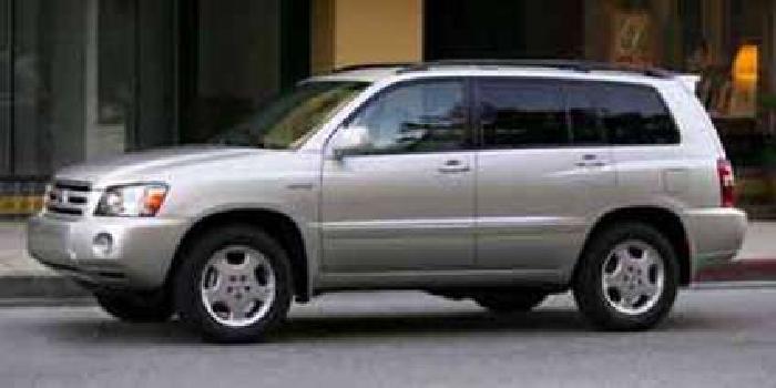 Used 2004 Toyota Highlander SUV