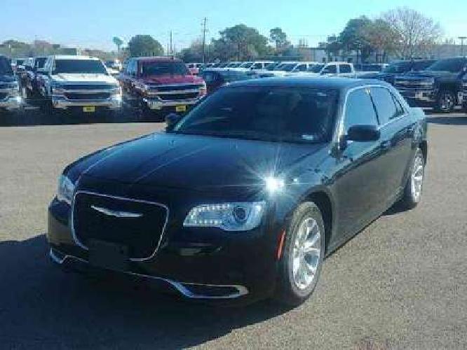 Used 2015 Chrysler 300 4dr Sdn RWD
