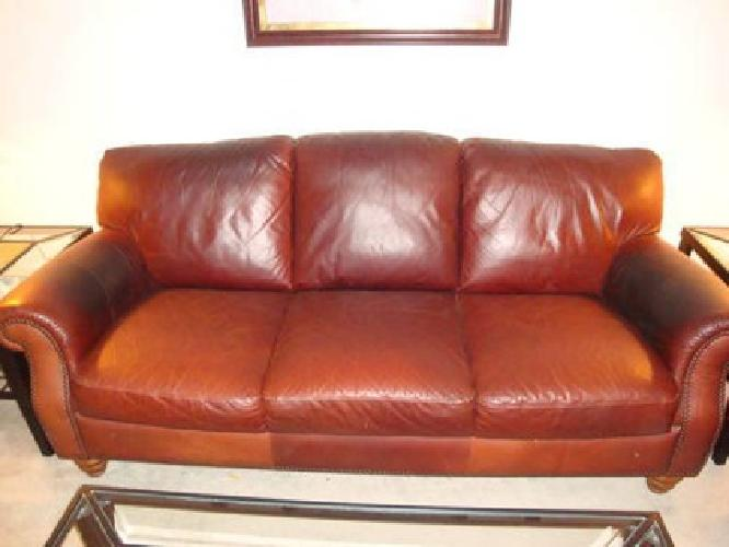 used brown leather sofa 250 obo for sale in west chester pennsylvania classified. Black Bedroom Furniture Sets. Home Design Ideas