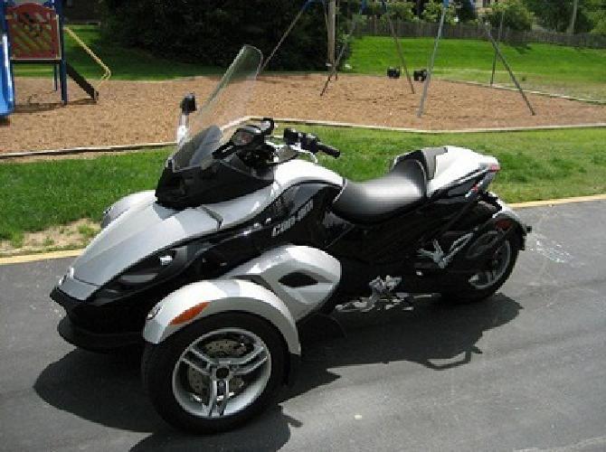 ~;*Very nice**2008 Can-Am Spyder GS SM-5